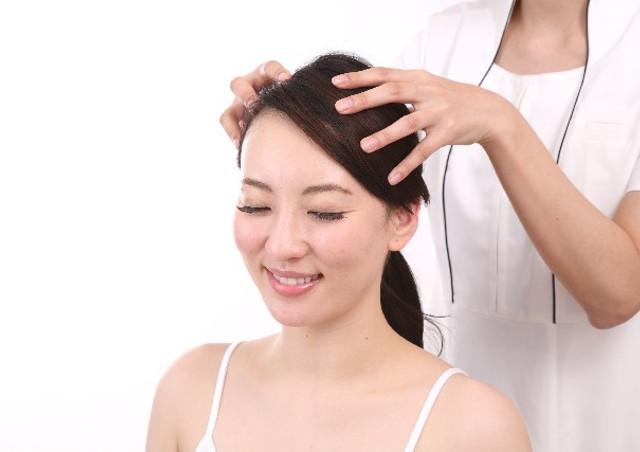 髪が気になるなら頭皮のケアをしよう